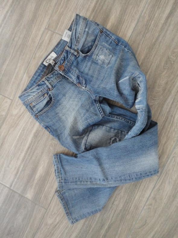 boyfriend mom jeans łaty dziury S