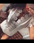 Body białe hafty sznurowane z tyłu piekny dekold...