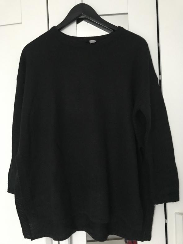 Sweter czarny divided S 36 h&m rozcięcia na bokach ciepły