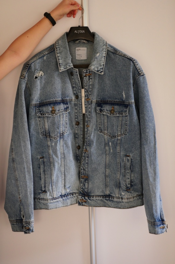 Kurtka jeansowa Bershka oversize jasnoniebieska