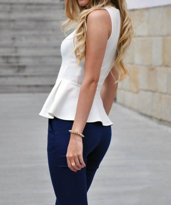 Bluzka Baskinka Top Shop biała efektowna zip