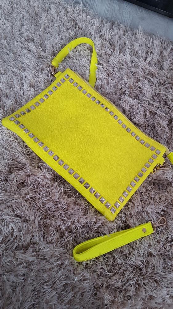 torebka neonowa limonka kopertówka