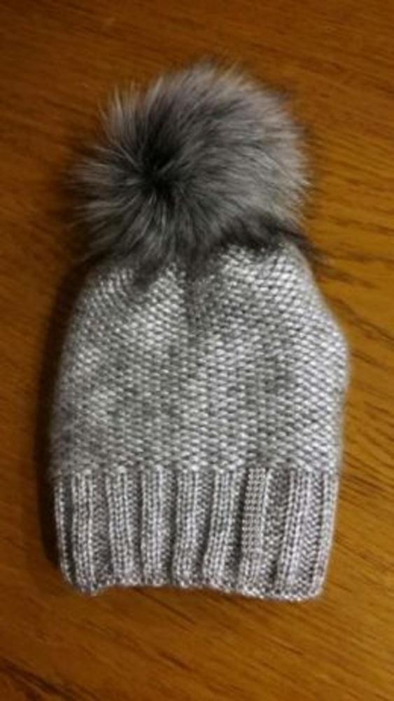 Zimowa czapka z pomponem