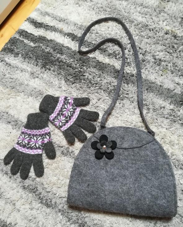 Uroczy zestaw na zimę filcowa torebka z kwiatuszkiem i rękawiczki