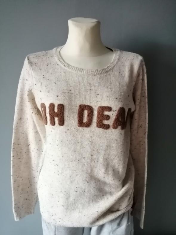 Swetry Fajny sweterek z napisem