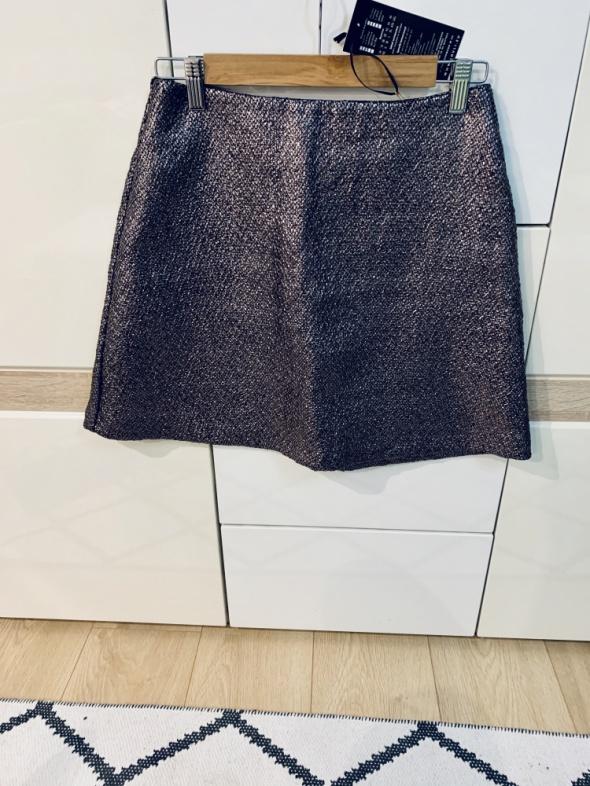 Spódnice Nowa spódnica na sylwestra z metka trapezowa