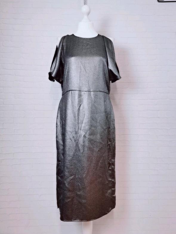 14 42 XL H&M Plus Size Czarna srebrna dłuższa sukienka