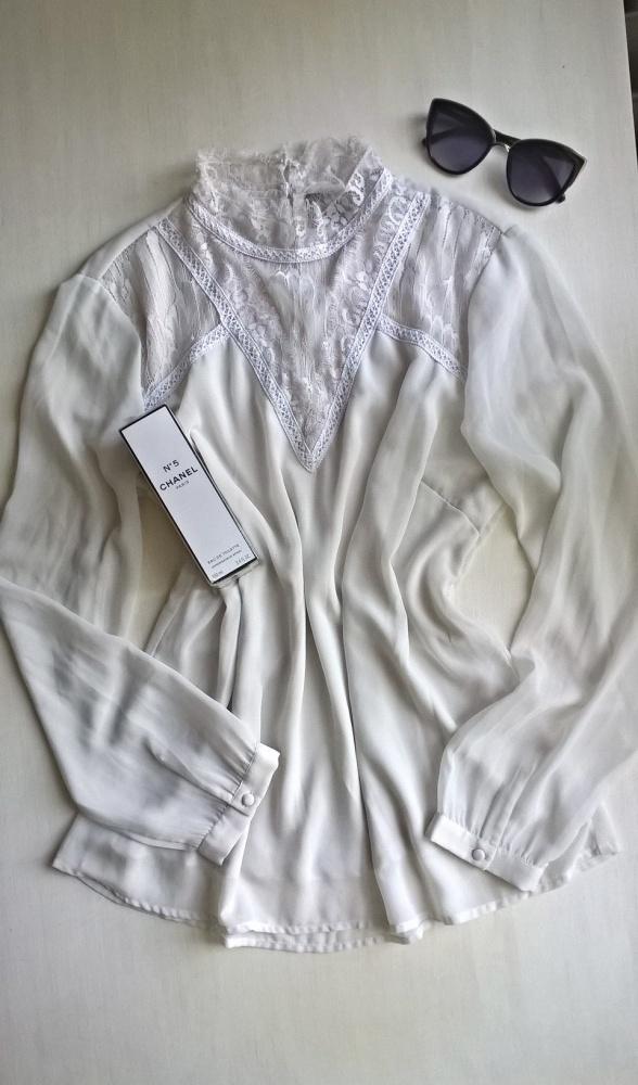 Bluzki Śliczna bluzeczka z koronką L XL