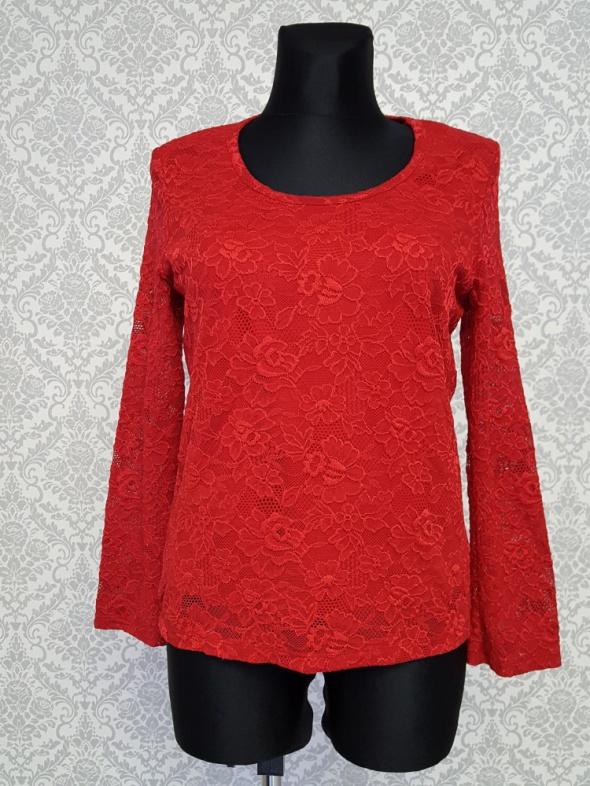 koronkowa czerwona bluzka Kim&Co...