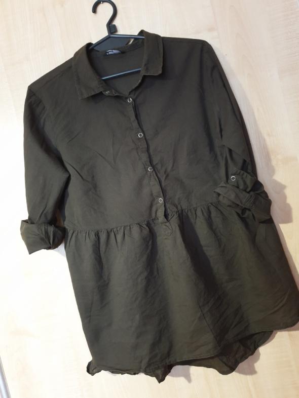 Zielona khaki koszula odcinana