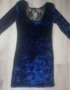 Aksamitna sukienka Atmosphere...