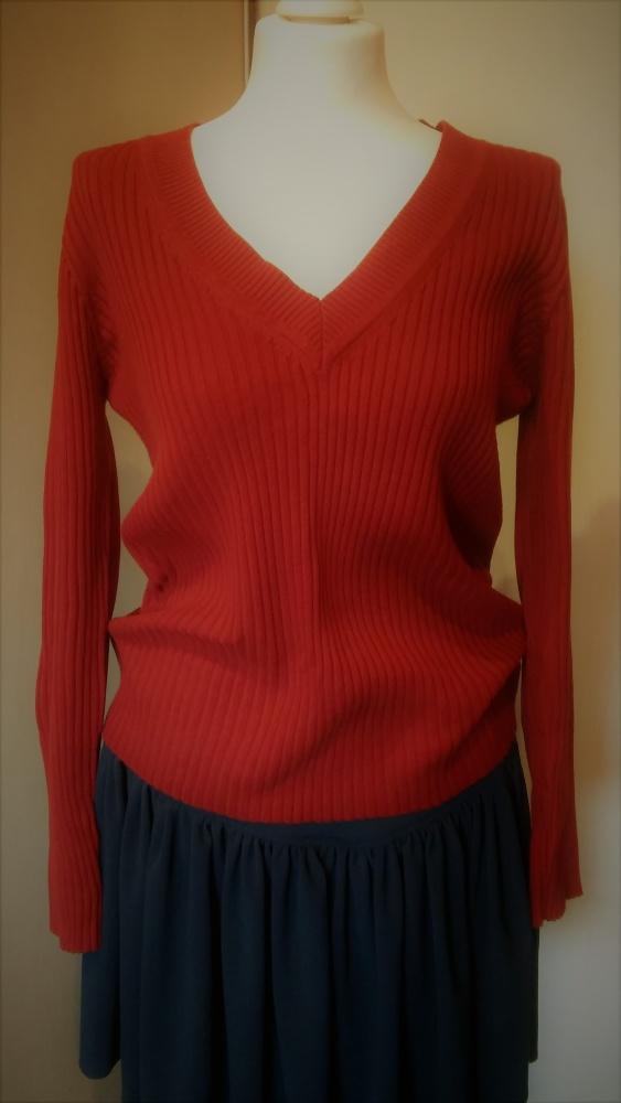 sweterek markowy