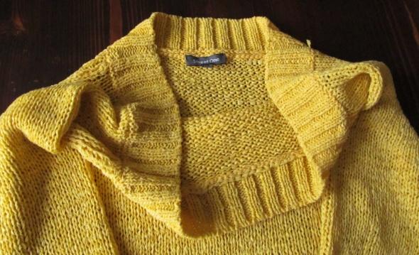 Śliczny żółty sweterek Street One r 40