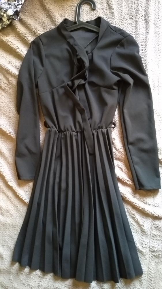 Suknie i sukienki czarna sukienka rozmiar SM
