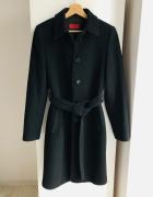 Czarny płaszcz Hugo Boss oryginalny...