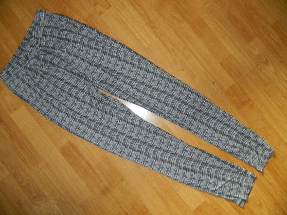 PIECES cienkie luźne spodnie roz S...