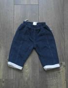 Spodnie sztruksowe 68...