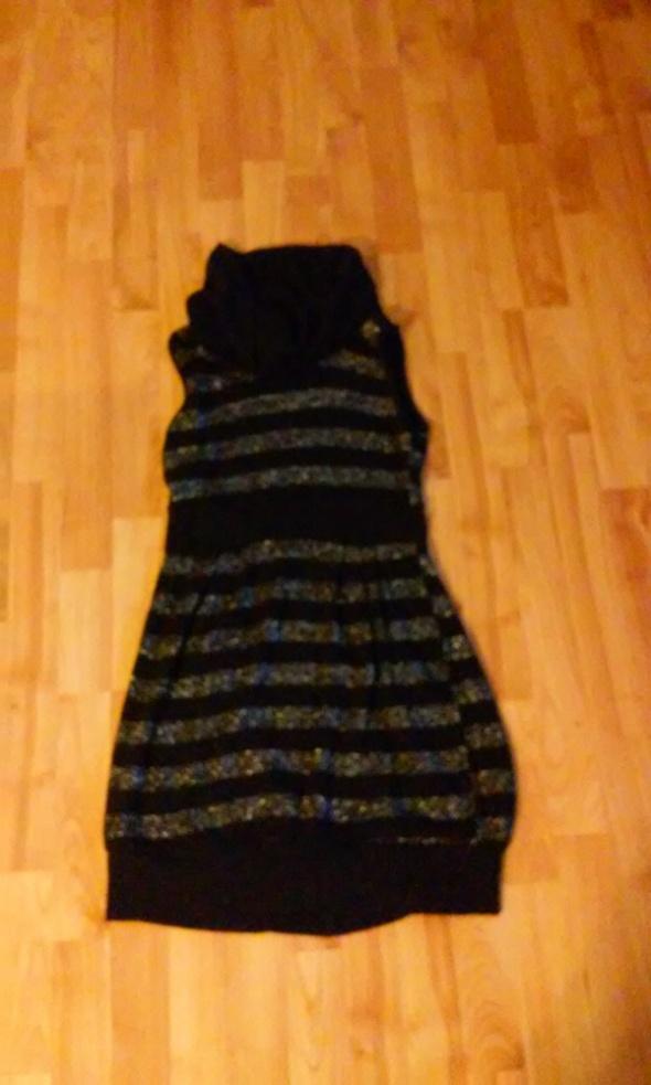 Dzianinowa sukienka M