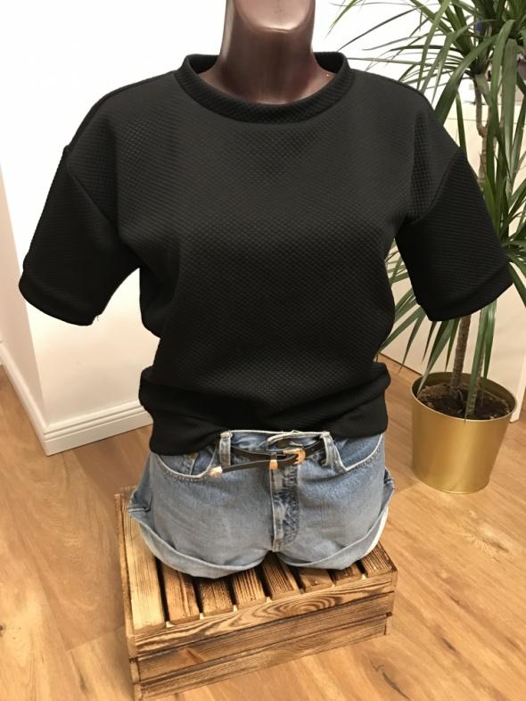 czarna pikowana bluzka iJOAH