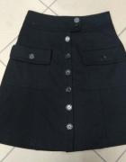 Czarna spódnica na guziki Melvin 36 S...