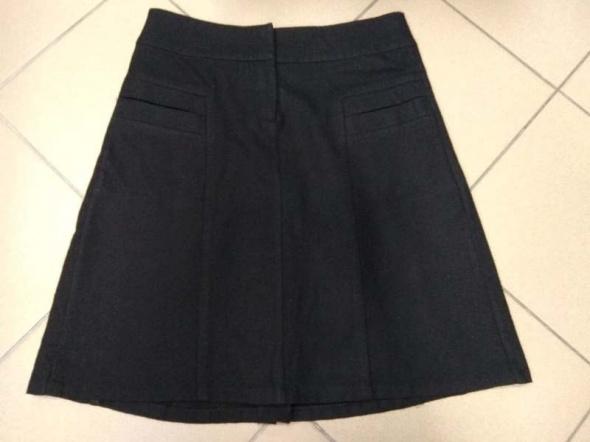 Czarna spódnica wełna wełniana Reserved 38 M