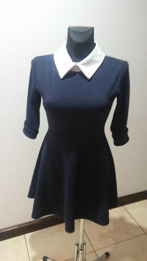 Sukienka do biura elegancka S