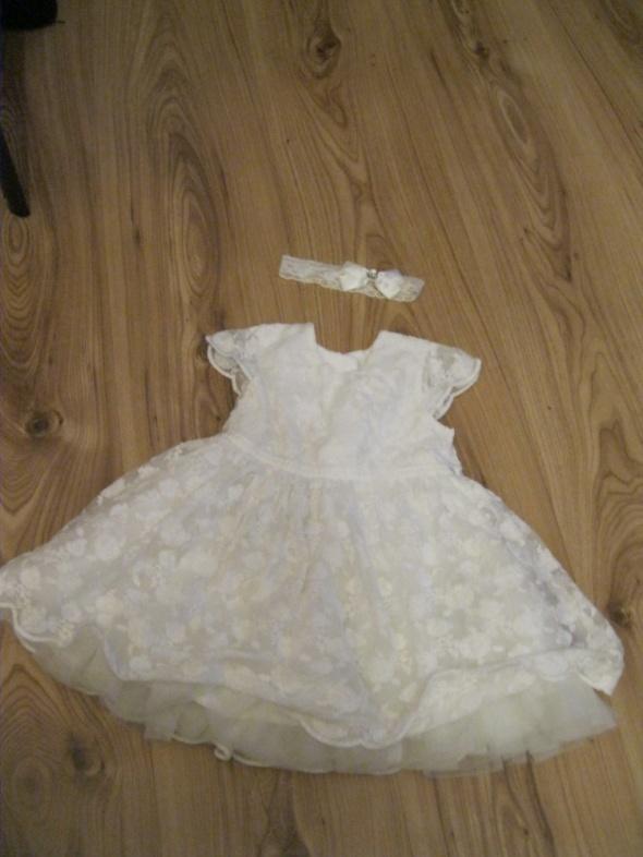 sukienka chrzest wesele biała 74 6 9 mc z opaską