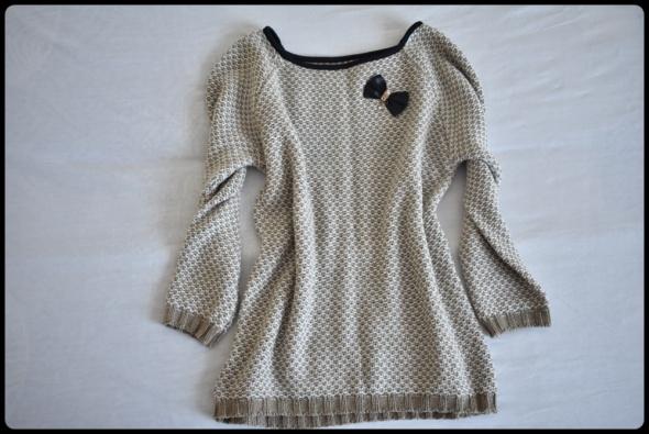Beżowy sweter z kokardką stan bdb mięciutki 38 M
