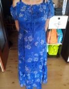 Długa sukienka w kwiaty...