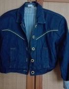 Krótka jeansowa kurtka...