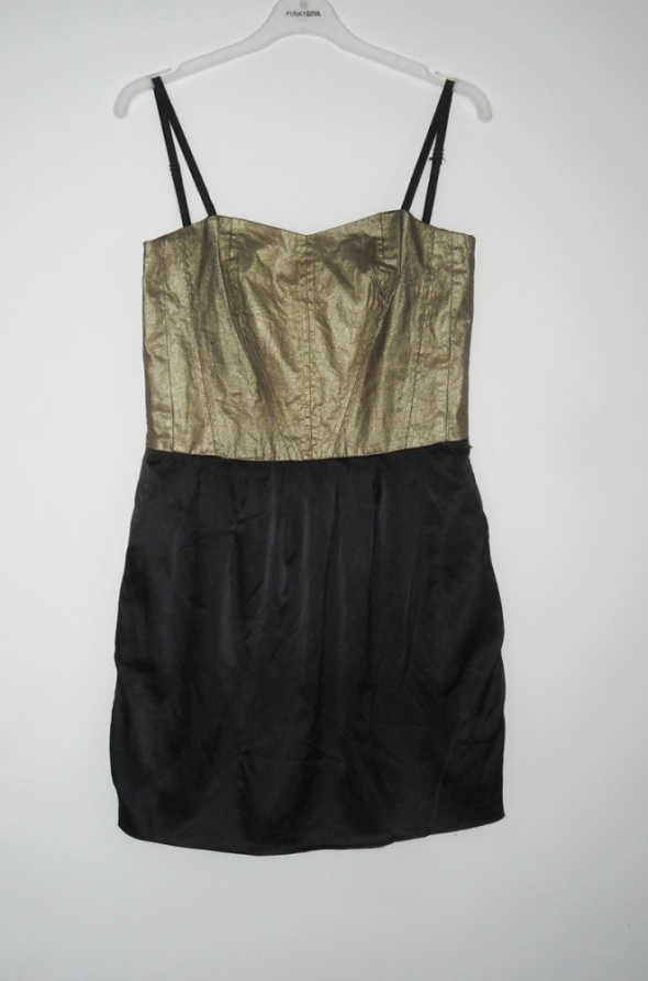 czarno złota sukienka troll s