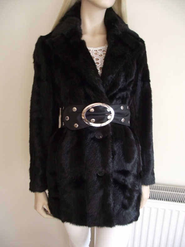 Zara nowy czarny płaszcz ze sztucznego futerka na zimę M
