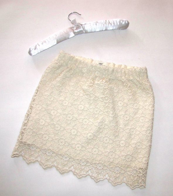Spódnice H&M koronkowa spódnica mini ecru r 34 36