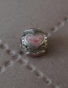 Oryginalny charms Pandora różowe serce...