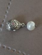 Oryginalny charms cyrkonia i perła...