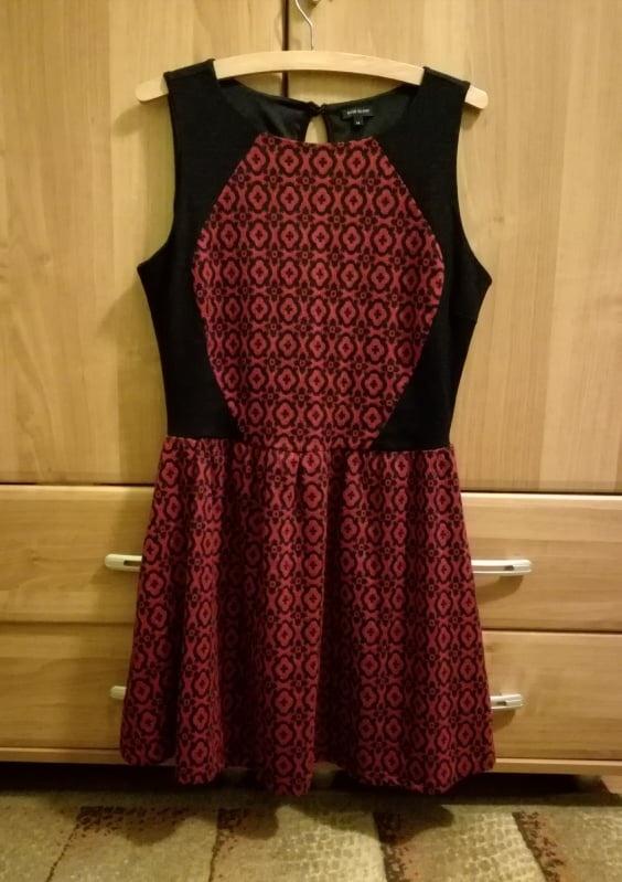 sukienka bezrękawnik