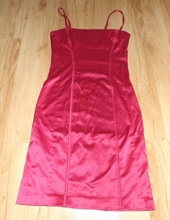 Różowa sukienka Gina Tricot XS...