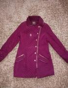 Bordowa pikowana kurtka