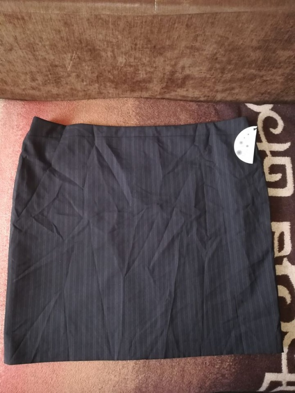 Nowa spódnica dla puszystej 52
