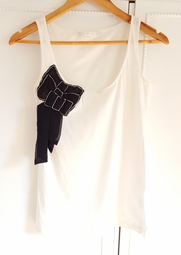 Biała koszulka Top Secret 38 M czarna kokarda top bluzka