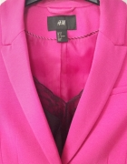 Różowa marynarka H&M...