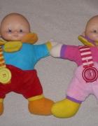 dwie laleczki BLIZNIAKI jako pierwsze zabawki