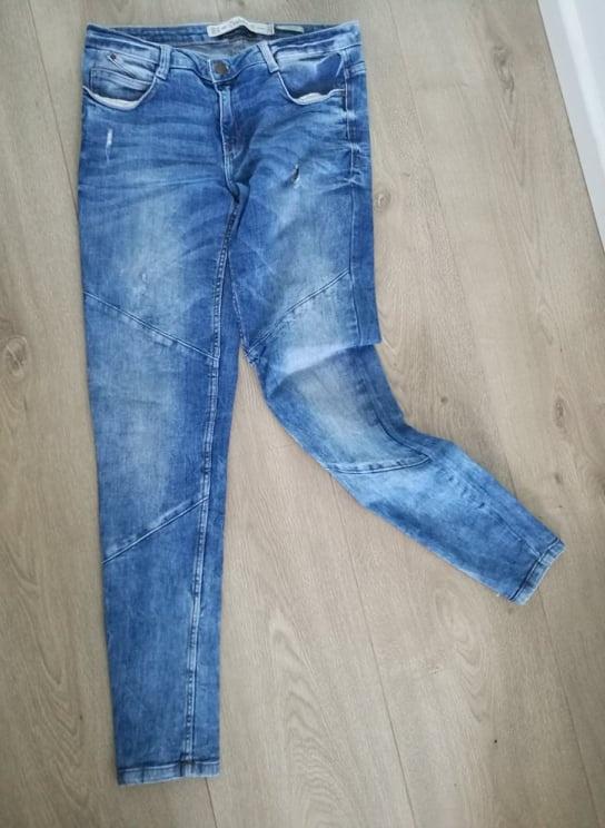 jeansowe spodnie rurki Zara Skinny