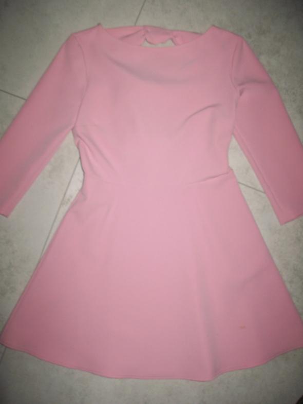 ZARA różowa rozkloszowana sukienka roz 38