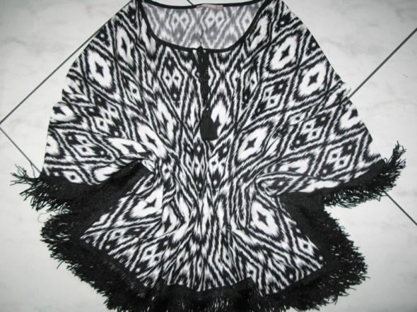 ORSAY czarnobiała bluzka nietoperz z frędzlami r36