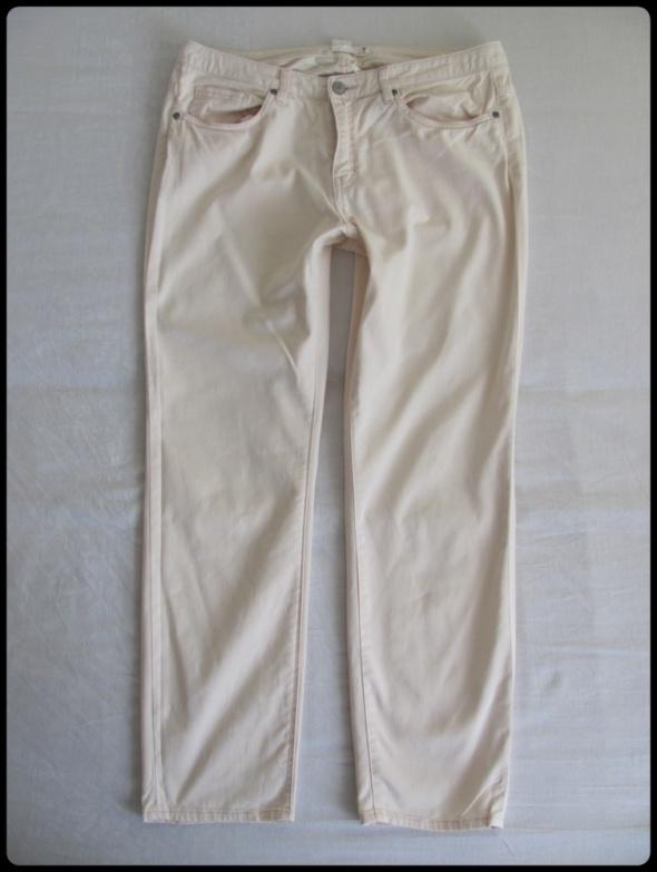 H&M jasne spodnie ECRU rozmiar 40 L stan bdb