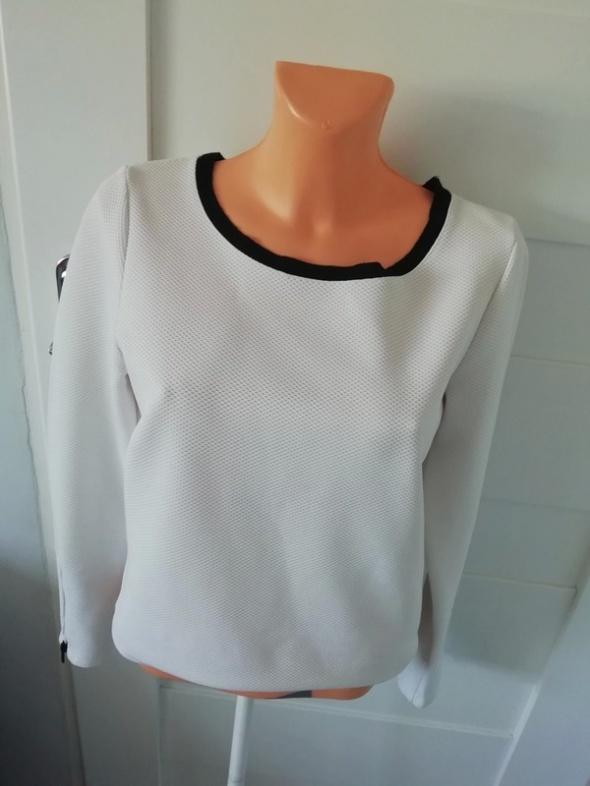 biała pikowana bluzka reserved...