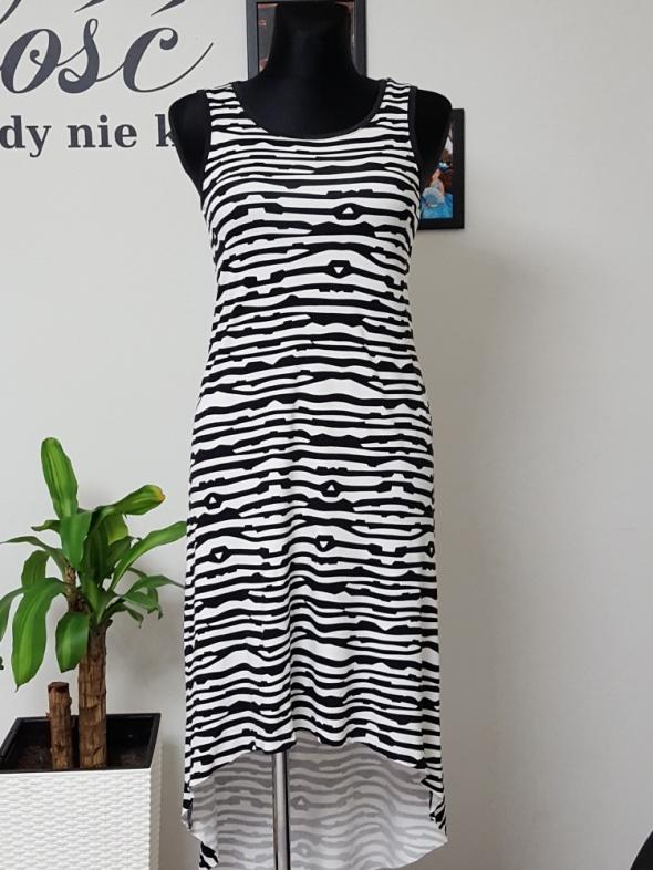 bawełniana biało czarna sukienka z trenem Very