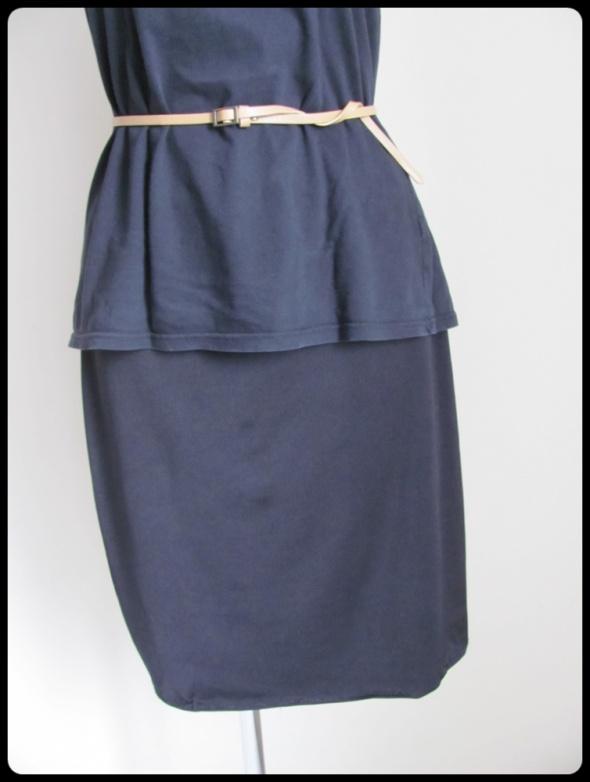 New Look czarna prosta spódnica na gumce rozmiar uniwersalny