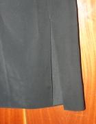 Czarna długa spódnica...